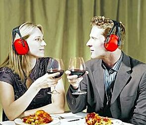 Slechte akoestiek in een restaurant